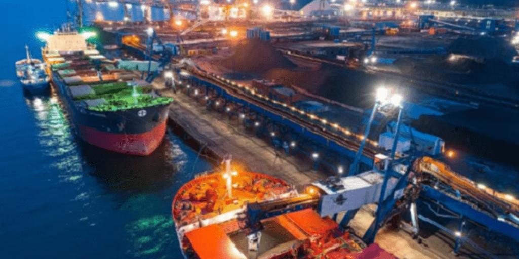Новая политика России лишила порты Украины большей части грузов